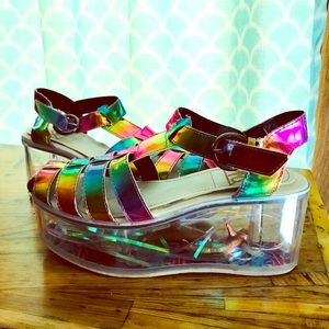 The coolest shoes ever🌈.
